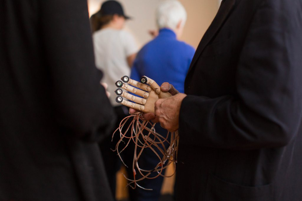 A robotic hand with wires